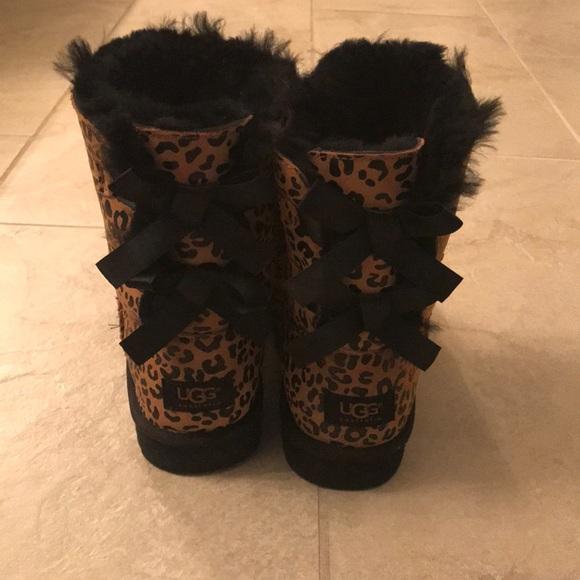 NWOT Bailey Bow Cheetah Ugg size 5